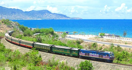 Train tour in Vietnam Reunification Express - 15 days/14 nights